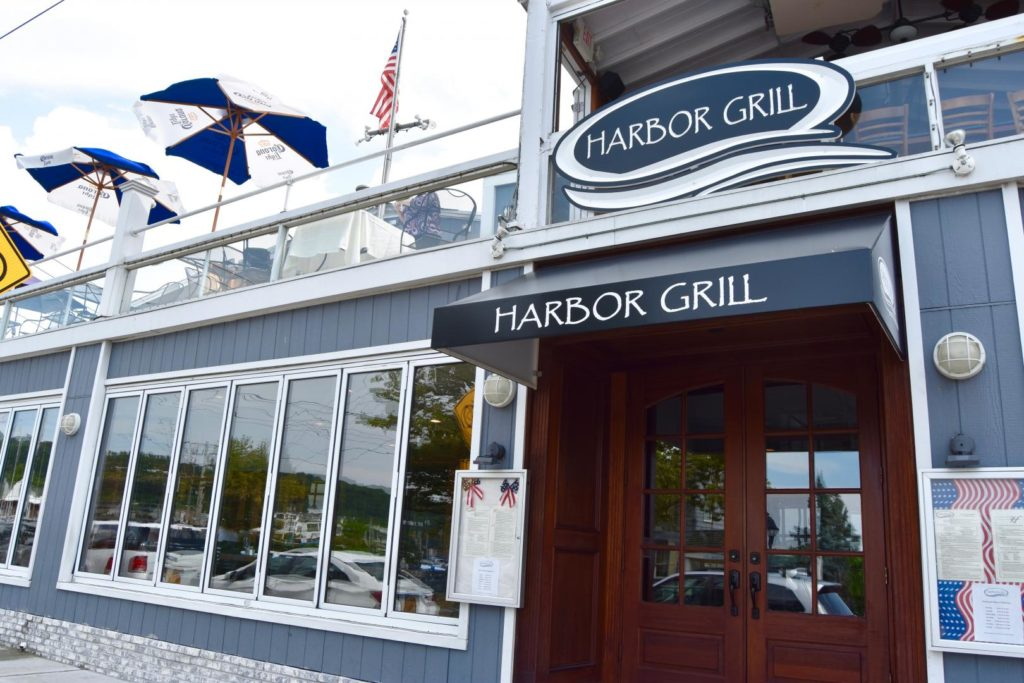Stony Brook Graduate Refused Entry at Harbor Grill For Wearing a Turban